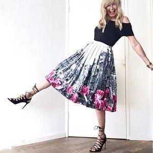 Chicwish Tulip City Skirt